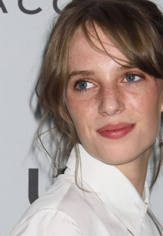 Once Upon a Time in Hollywood : Maya Thurman Hawke tiendra un rôle inconnuOnce Upon a Time in Hollywood : Maya Thurman Hawke jouera Flower Child (un personnage fictif)