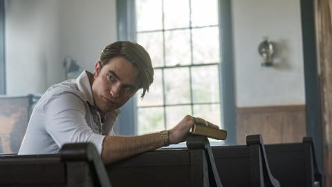 Robert Pattinson dans The Devil All the Time