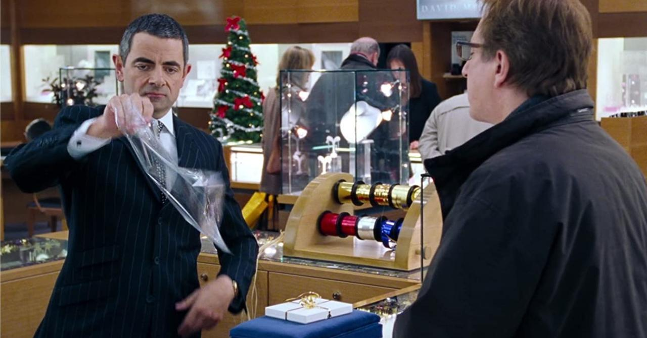 Rowan Atkinson dans Love Actually (2003)